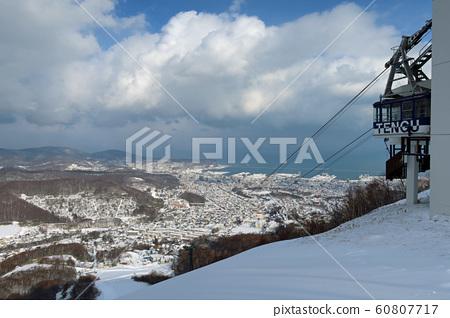 오타루 텐구 야마 스키장의 로프웨이 60807717