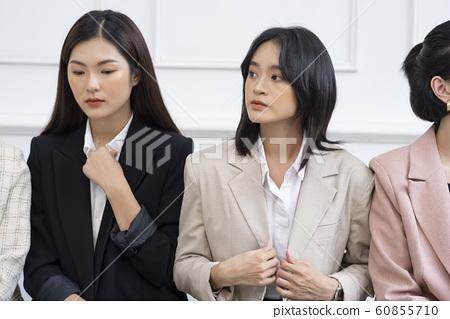 여성 비즈니스 면접 60855710