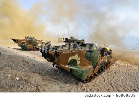 韓國海軍陸戰隊登陸突擊裝甲KAAV 60909538