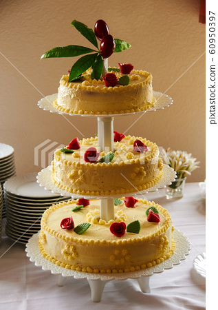 traditional wedding cake dessert 60950397