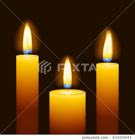 Set of three burning candles 61050043