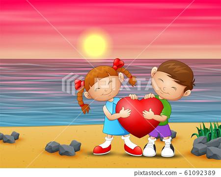 Romantic of loving couple on the beach 61092389