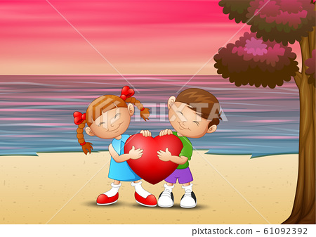 Romantic of loving couple on the beach 61092392