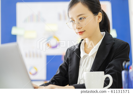 business woman, working, office 61131571