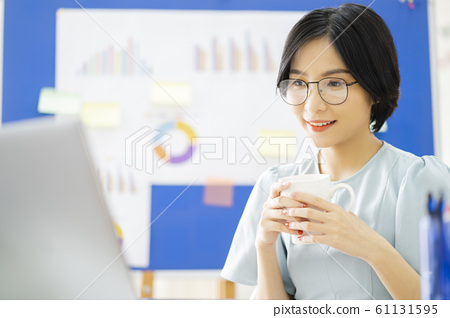 business woman, working, office 61131595
