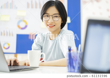 business woman, working, office 61131596