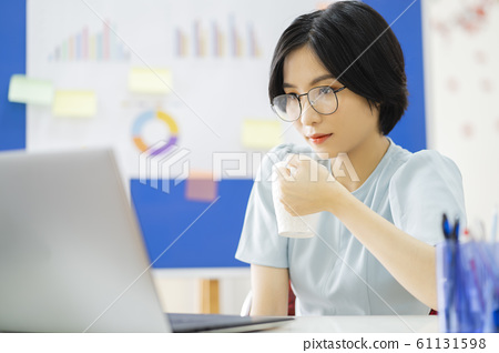 business woman, working, office 61131598