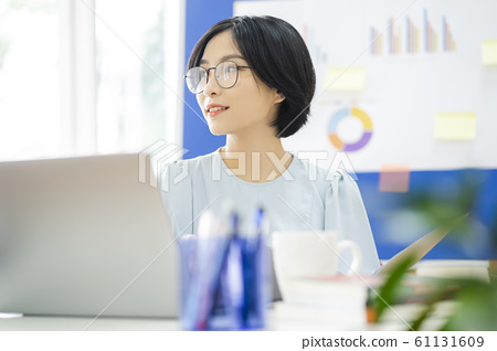 business woman, working, office 61131609