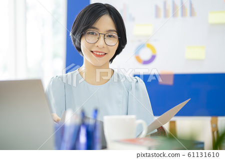 business woman, working, office 61131610