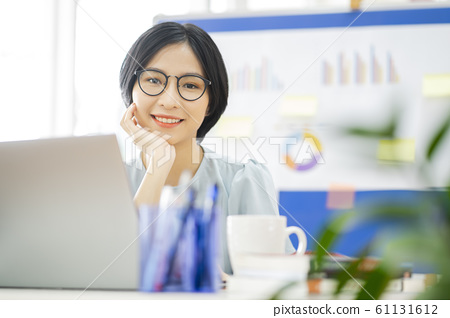 business woman, working, office 61131612