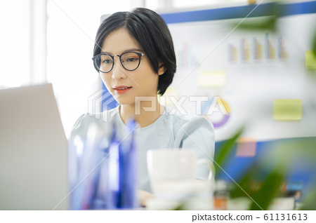business woman, working, office 61131613
