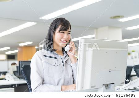 女商人年輕女子工作服 61156498