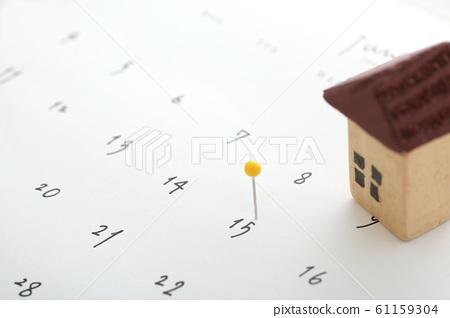 日曆,數字,移動和別針 61159304