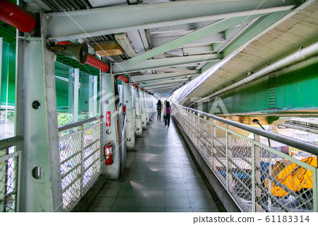 台灣新北市汐科火車站Asia Taiwan Taipei Railway Station 61183314