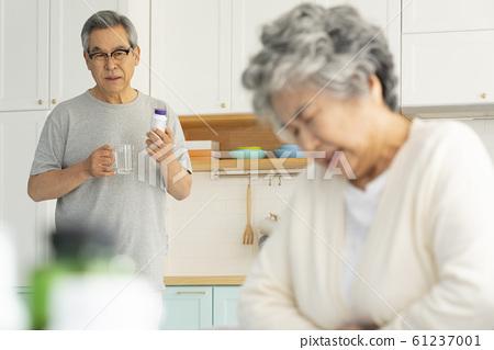 生活方式老年人疾病 61237001