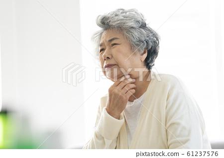 라이프스타일 노인 질병 61237576