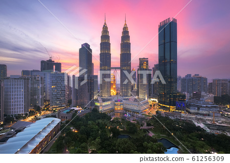 Kuala lumpur skyline at dusk, Cityscape of kuala Lumpur 61256309