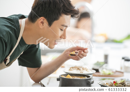 가족 식사 61333332