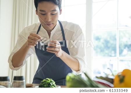 남자 요리 61333349
