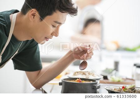 가족 식사 61333600
