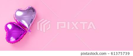 Ki球愛好者粉彩色的背景鋁箔氣球粉紅色背景情人節 61375739