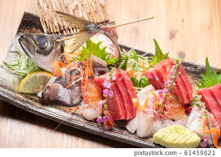 什錦生魚片 61459821
