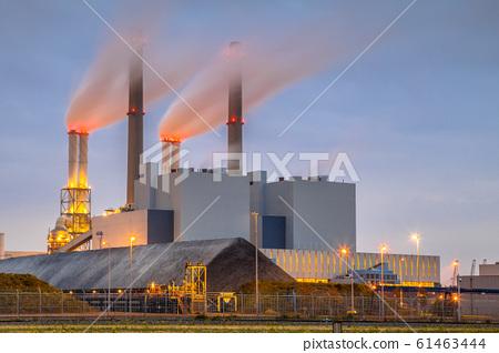 Coal powered power plant Rotterdam 61463444
