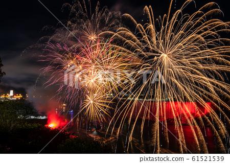 Fireworks at the Niagara Falls  61521539