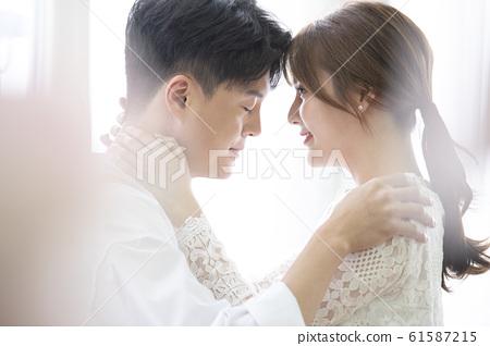 커플 웨딩 61587215