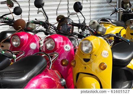交通工具 摩托車 車 61605527