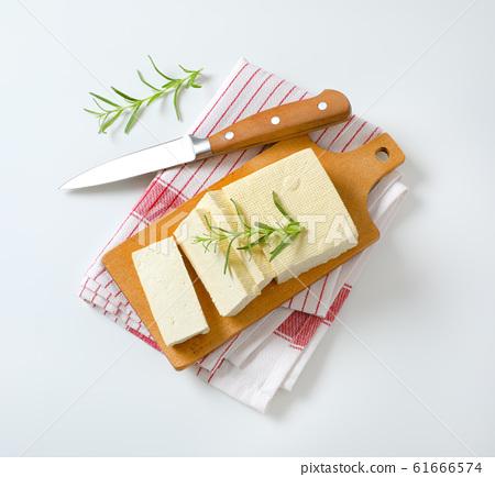 Fresh firm bean curd (tofu) 61666574