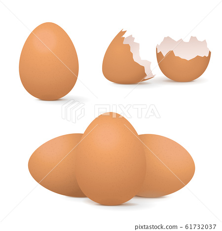 Chicken eggs, whole and broken 61732037