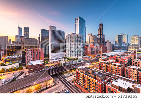 Chicago, IL, USA Cityscape at Twilight 61739365