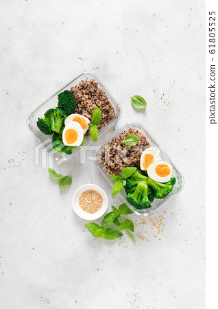 Lunch boxes with broccoli, quinoa and egg, healthy 61805525