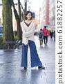 時尚肖像冬季搭配寬褲子 61882257
