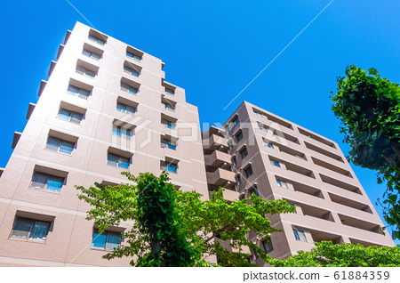 Newly built apartment 61884359