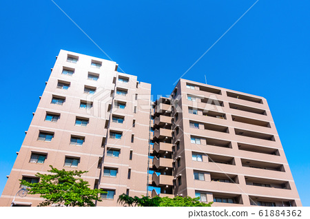 Newly built apartment 61884362