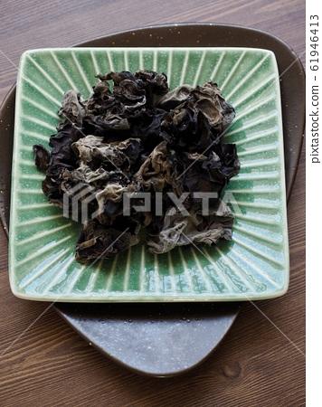 亞洲食物渴的蘑菇 61946413