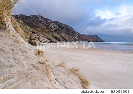 The dunes and beach at Maghera Beach near Ardara, County Donegal - Ireland. 62005601