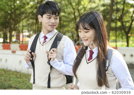 High school student's daily life, Asian teenage students wearing uniform on college with friends 293 62030939