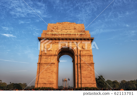 india gate during sunset 62113701