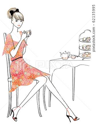 女人享受下午茶時間 62135995