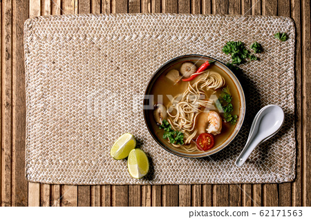 Asian noodle soup 62171563