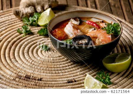 Thai soup tom yum 62171564