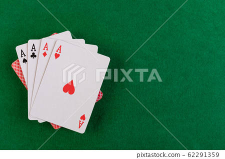 playing cards 62291359