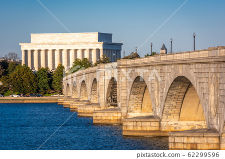 Washington, DC on the Potomac River 62299596