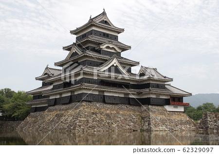 Matsumoto Castle 62329097