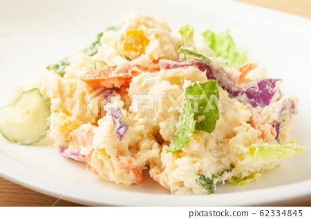 土豆沙拉 62334845