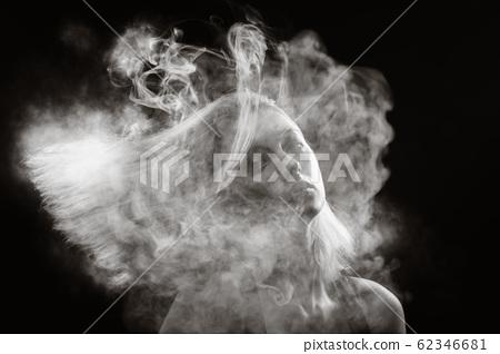 woman at smoke 62346681