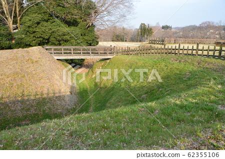 Earthwork, Karahori, Wooden Bridge (Hachigata Castle Park / Yorii-cho, Saitama) 62355106